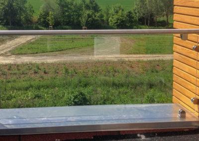 Balkongelaender aus Glas klar