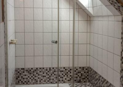 Dusche Nischenanlage Dachschraege