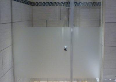 Dusche Nischenanlage Schwingtuer